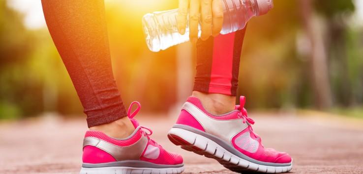 Bere prima, durante e dopo lo sport, assicura al nostro organismo il giusto apporto di Sali minerali